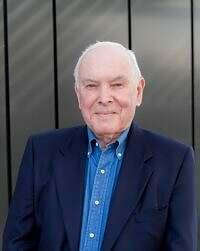 Dr Robert Hogan