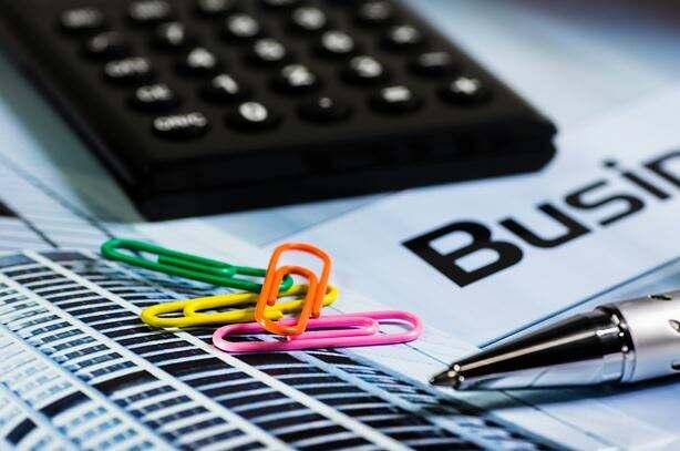 comment-contrôler-paie-outils-vérification-lignes-données-primes-salaires-absences-congés